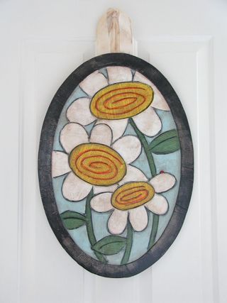 Front Door oval Daisies2